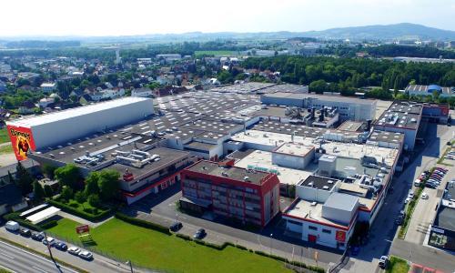 Banner Batterien Standort Leonding zählt zu den modernsten Batteriewerken Europas
