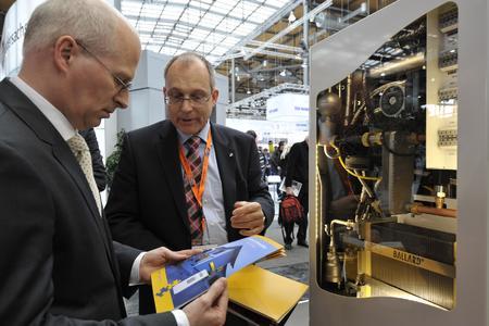 Hannover Messe: Konzept der Brennstoffzellen-Heizung wird von Hamburgs Finanzsenator begrüßt
