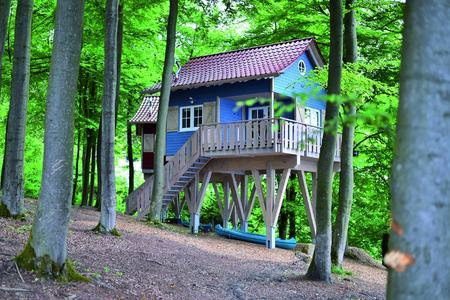 Baumhaus blau