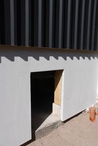 Zusätzlicher Stauraum: Im unteren Teil des Anbaus finden Kanus, Paddel und sonstige Utensilien reichlich Platz. (Foto: Achim Zielke für INTHERMO)