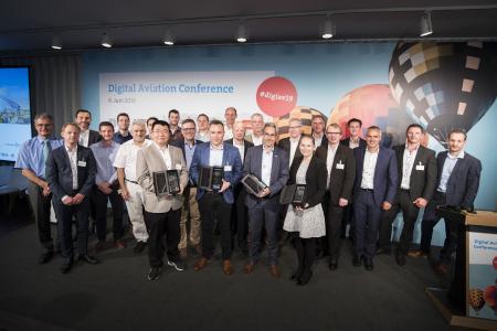 Gewinner, Finalisten, Ausrichter, Laudatoren und Jurymitglieder des IDL 2019. Bildquelle: Photothek, FLorian Gaertner