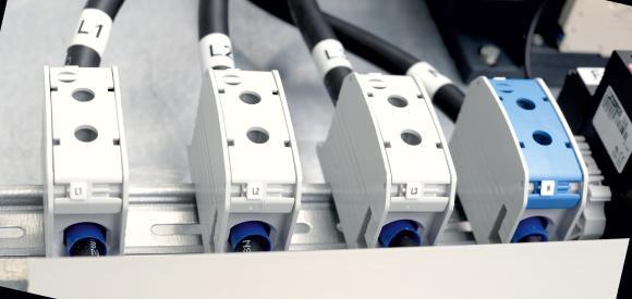 Vom Maschinenbau bis zur Solartechnik: Die RKA-Serie der Leipold eignet sich für die Verbindung mit Aluminium- und Kupferleitern in verschiedenen Anwendungsgebieten und Branchen.