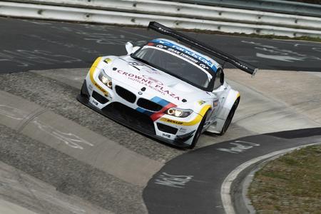 24h-Rennen: BMW Team Schubert und Dunlop greifen nach dem Marathon-Titel