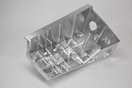 Strukturbauteil: mit hyperMILL® in 2 Stunden und 15 Minuten gefertigt / Bildquelle: OPEN MIND
