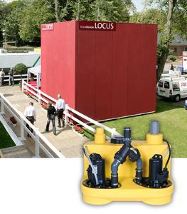 COMPLI 1000 – Die Doppelpumpenanlage eignet sich bestens für mobile Toilettenobjekte – hier das LOCUS von KleinDesign auf einem Münsteraner Pferde-Event