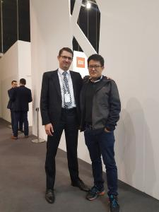 Eröffnung der ersten europäischen Niederlassung: Florian Felsch, Geschäftsführer von Yeelight Germany (links) und Eric Jiang, Co-Founder und CEO von Yeelight (rechts) PM-Yeelight