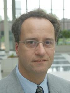 """Portal-Geschäftsführer Jürgen Hellmeier: """"Das ganzheitliche Konzept von EBIT-Solutions.com lässt praktisch alle Portal-Nutzer profitieren – auch voneinander!"""""""
