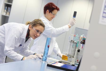 Das Bernhard Remmers Institut für Analytik bietet mehr als 200 labortechnische Dienstleistungen / Bildquelle: Bernhard Remmers Institut für Analytik (BRIfA)
