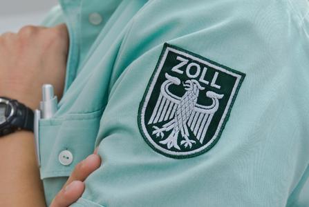 Zoll, © Alterfalter Fotolia