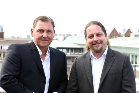 links: Rainer Kurp – Direktor Marketing und Vertrieb, rechts: Boris Hajek: Geschäftsführer losstech GmbH