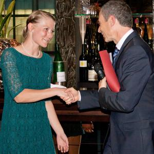 Christine Lämmle wurde mit dem diesjährigen Forschungspreis der Deutschen Gesellschaft für Wundheilung ausgezeichnet ©Hohenstein Instituten