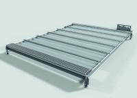 Die X-Velo-Dachabdeckung schützt die Produktionsumgebung wirksam vor Verschmutzungen. Sie lässt sich einfach an die Anwendung anpassen und verdunkelt den Maschinen-Innenraum nicht