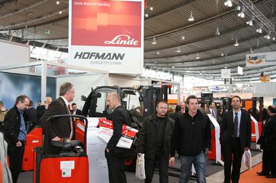 Fachmesse LogiMAT 2010 in Stuttgart auf der Erfolgsspur