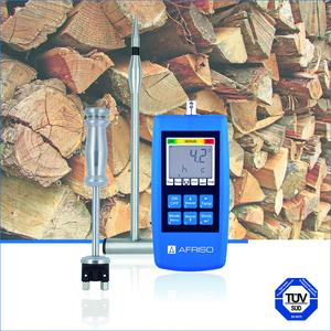 The new AFRISO MFM 22 moisture measuring instrument is an ideal tool for standards-compliant evaluation of the residual moisture content and temperature of pellets, wood chips and log wood; it meets the stringent requirements of the German emission protection regulations. (Photograph: AFRISO)
