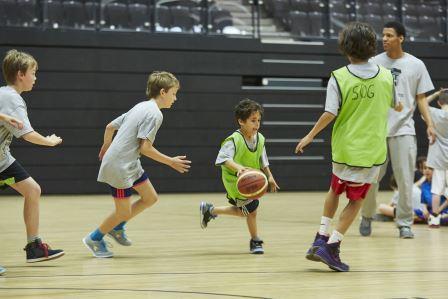 Die Vattenfall Basketball-Akademie bingt Kinder und Jugendliche in Bewegung (Foto: Dennis Fischer)