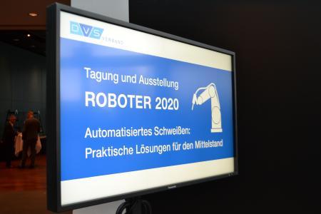 Ein bewährtes Konzept wurde in diesem Jahr vom DVS neu aufgelegt: Die ROBOTER als Fachtagung und Ausstellung in Fellbach bei Stuttgart / Quelle: DVS Media