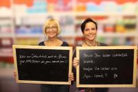Rezepturspruch Fotoaktion Gewinnerin Gabi Claudi (links)