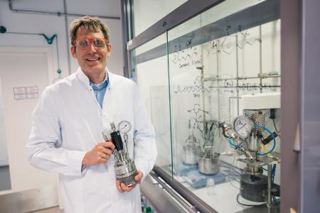 Professor Dr. Lukas J. Gooßen / Foto: RUB, Kramer