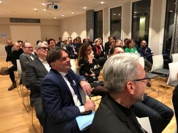 SOVIS Digitalforum meets Digital Business Solutions am 22.7. bei Maserati Showroom München