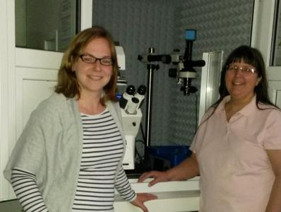 Dr Christine Müller-Renno and Professor Christiane Ziegler of the Physics Department at the University of Kaiserslautern with their JPK NanoWizard® system