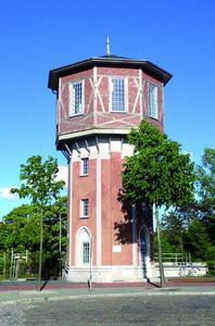 Neues Treppenhaus für den schleswig-holsteinischen Wasserturm in Niebüll. Bildquelle: Remmers Baustofftechnik, Löningen