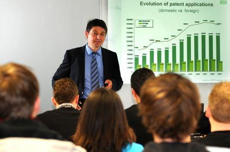 Thüringer Patentinformationszentren bauen ihre Leistungen aus. © TU Ilmenau