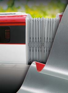 Robust and heavy duty: Concertina wall materials from ContiTech meet the demands of rail transport particularly well, Photo: ContiTech