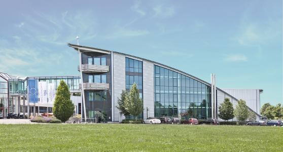 """Studierende der Dualen Hochschule Baden-Württemberg (DHBW) können den praktischen Teil des Studiums """"Bachelor of Engineering – Maschinenbau"""" bei Hans Schröder Maschinenbau absolvieren (Bildquelle: Schröder Group)"""