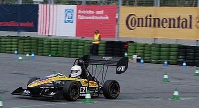 Continental unterstützt in diesem Jahr weltweit 37 Teams mit hochspezialisierten Fahrzeugkomponenten und technischem Know-how (Quelle: Formula Student Germany / Reichmann)