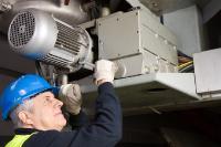 Řešení společnosti MARECHAL® snižují díky své patentované konstrukcí náklady na údržbu a servis elektrických zařízení. shutterstock 108710408 maintenance copie