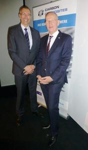 Alexander Gundling (links) übernimmt am 1. April 2014 die Geschäftsführung des Carbon Composites e.V. von seinem Vorgänger Dr. Hans-Wolfgang Schröder