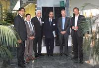 Wirtschaftsdelegation aus Pakistan bei Schletter: von links nach rechts: Presse-Attaché Mr. Murat Mehmood, Presse-Attaché  Mr. Ghulam Haider, Investment-Councellor Mr. Sikander Mir-Kohler,  Botschafter H.E. Syed Hasan Javed,  Ludwig Schletter und Hans Urban.