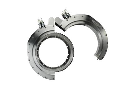 Always a wing beat ahead thanks to the innovative mounting concept: the new swing servo motor from WITTENSTEIN cyber motor
