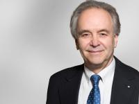 Prof. Dr. Klaus Mainzer, Emeritus of Exzellence an der Technischen Universität München, Seniorprofessor und Mitbegründer des Carl Friedrich von Weizsäcker-Zentrums der Eberhard Karls Universität Tübingen