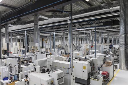 Blick in die neue Urbane Produktion der Zukunft der WITTENSTEIN bastian GmbH in Fellbach