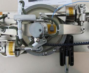Der duale Riemenscheiben-Mechanismus des Laufbandes, in dem TUBUS Strukturdämpfer von ACE für Schutz sorgen / Bildnachweis: ACE / QinetiQ Space nv