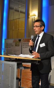 Stimme des Holzbaus: Der Oettinger Unternehmer Erwin Taglieber vertritt die Interessen von über 300 Holzbaubetrieben in Deutschland, die im Deutschen Holzfertigbau-Verband (DHV, Ostfildern), der Vereinigung ZimmerMeisterHaus (ZMH, Schwäbisch Hall) und/oder der Gruppe 81fünf (Lüneburg) Mitglied sind / Foto: Achim Zielke/DHV, Ostfildern; www.d-h-v.de