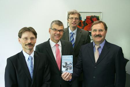 """Die Autoren der """"Innovativen Ventilatorentechnik"""" Thomas Sauer, Gunter Streng, Dr. Jürgen Schöne und Dr. Bruno Lindl."""