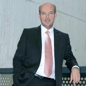 Klaus G. Schröter, CEO NANOIDENT Technologies AG