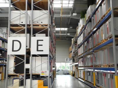 Logistikzentrum im Werk Althengstett, Foto Pressebüro Schiel
