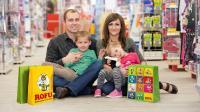 Glückliche Familien in den ROFU Filialen: Viele Produkte für Sie werden bald im AutoStore implementiert von Swisslog zwischengelagert