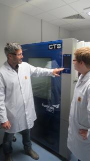 Dr. Jochen Mähliss (left) and Simon Wedlich (right) at batteryuniversity