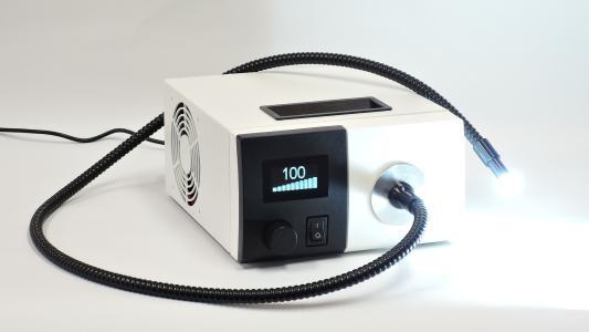 F5100 - fasergekoppelte LED Lichtquelle für die Mikroskopie 2