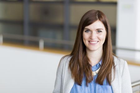 Lena Vögele, die an der Hochschule Aalen ihren Master in Business Development macht, hat mit viel ehrenamtlichem Engagement einen virtuellen Weihnachtsmarkt auf die Beine gestellt