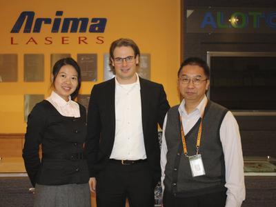 LASER COMPONENTS' Geschäftsführer Patrick Paul beim Hersteller Arima Lasers Corp