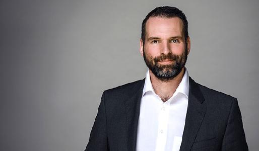 """Sven Schlünzen, Dock Manager Finsure Integration bei IKOR: """"Mehr als 75 von Guidewire zertifizierte Consultants bei IKOR unterstützen vielfältige Versicherungs-IT-Großprojekte – vom Konzept bis hin zur Integration"""""""