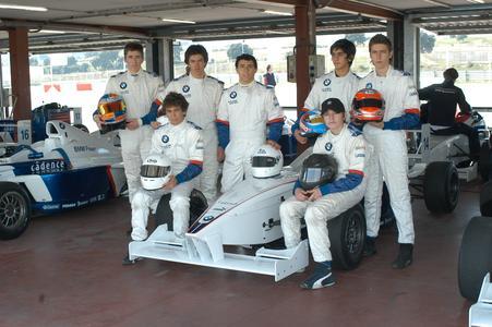 Erste Nachwuchsfahrer zum Formula BMW Talent Cup treffen sich in Valencia