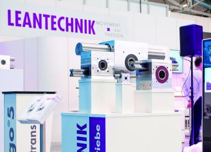 Auf der Messe all about automation in Essen präsentiert LEANTECHNIK eine Auswahl seiner leistungsstarken Zahnstangengetriebe