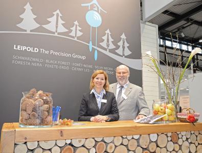 Annette Manske-Striffler und Florian Waidele begrüßten beim Messeauftakt auf der i+e in Freiburg die Besucher.