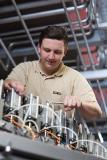 Zum BürkertPlus Rund-um-Service gehören beispielsweise Inbetriebnahme, Mitarbeiter-Schulung und Wartung ebenso wie Anlagenmodernisierung oder Störfallbeseitigung / Quelle: Bürkert